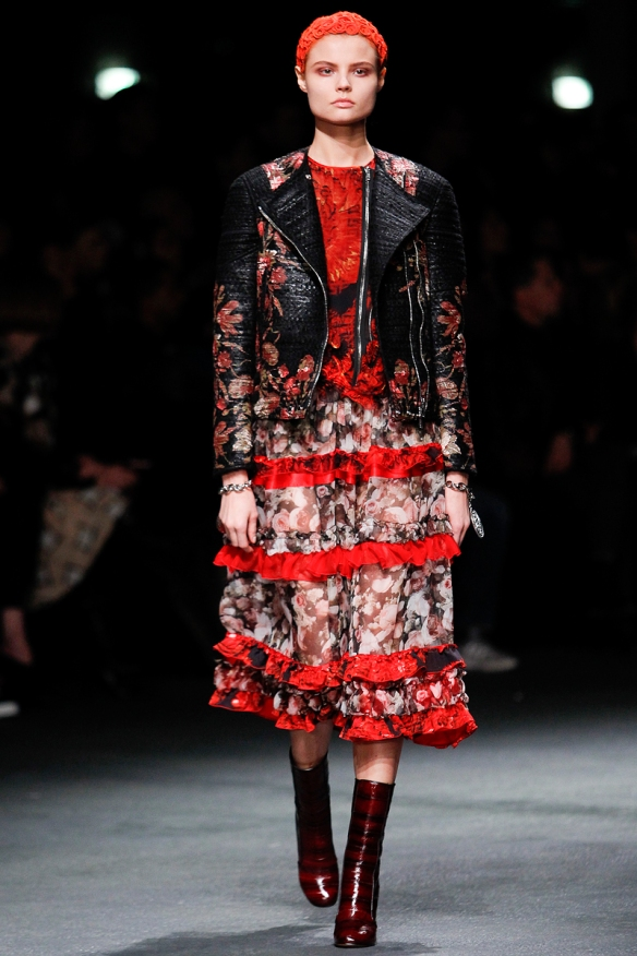 givenchy-rtw-fw2013-runway-16_191454368801
