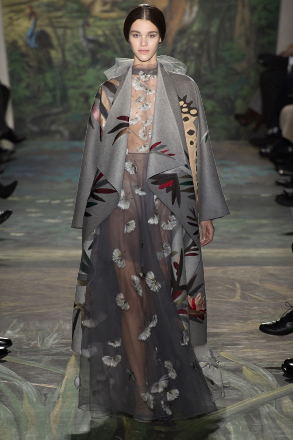 valentino-spring-2014-couture-runway-08_164012977022