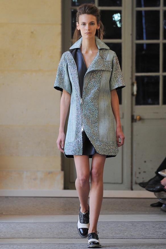 bouchra-jarrar-couture-fall-2014-01_131330564269